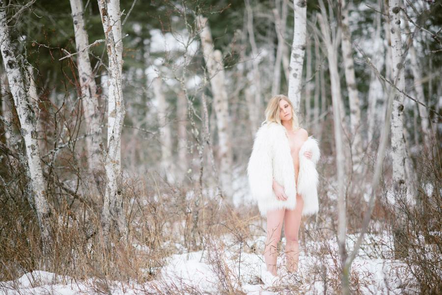 Kamloops Winter Boudoir Photographer Outdoor Nude Artistic