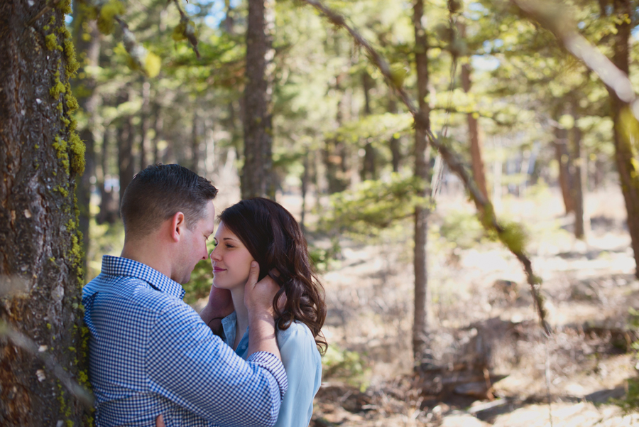 Outdoor Kamloops Engagement Photographer