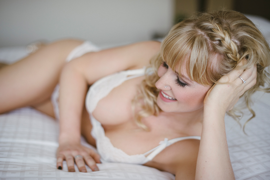 Outdoor Boudoir Photographer Kamloops